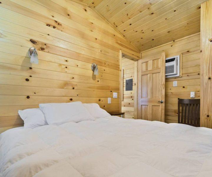 Boo Boo™ Cabins